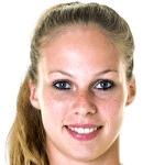 Teresa Straub headshot