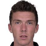 Robin Gosens headshot