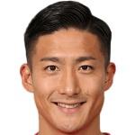 Ken Tokura headshot
