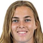 Laura Freigang headshot