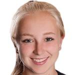 Caroline Siems headshot
